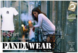 PandaWear Bio-Shirt (Frau auf dem Balkon raucht)